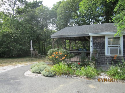 North Eastham Cape Cod vacation rental - Side view of  house