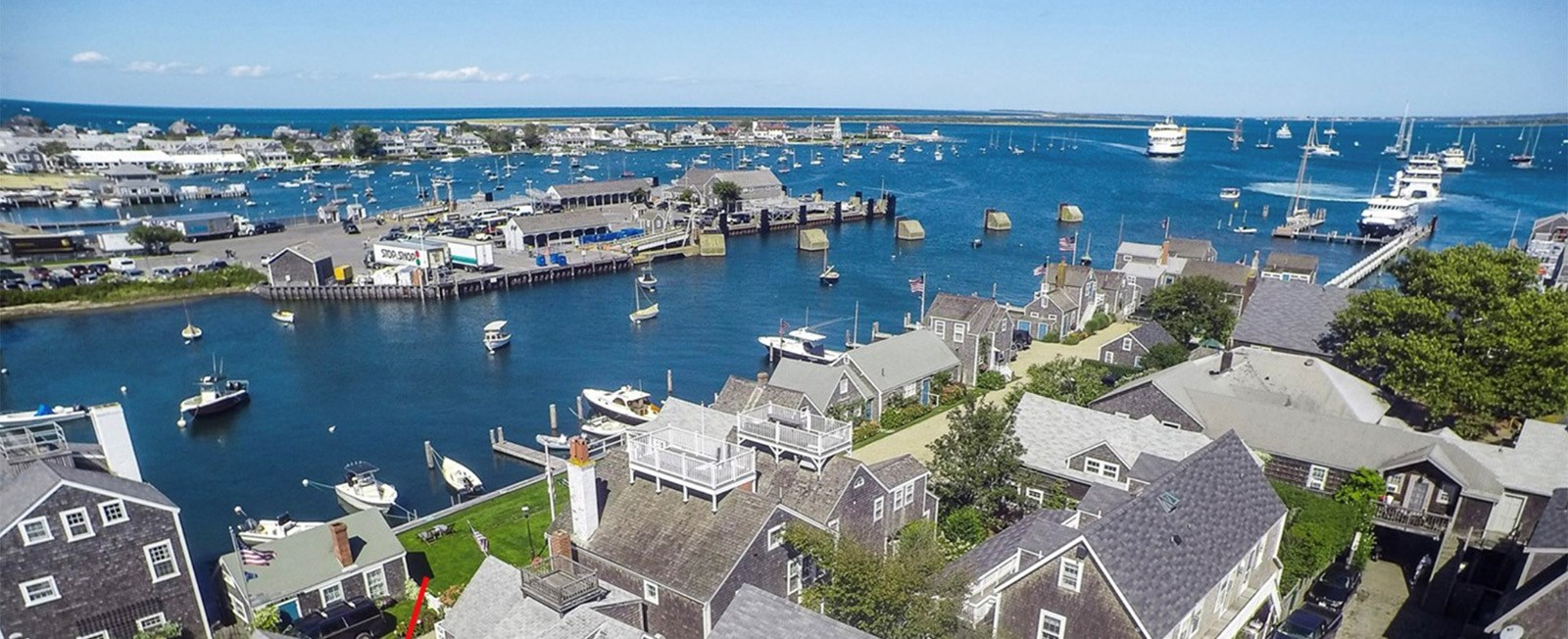 Are you still hoping to get to visit the island of Nantucket this summer? Here are a list of homes that still have availability in August and early September!