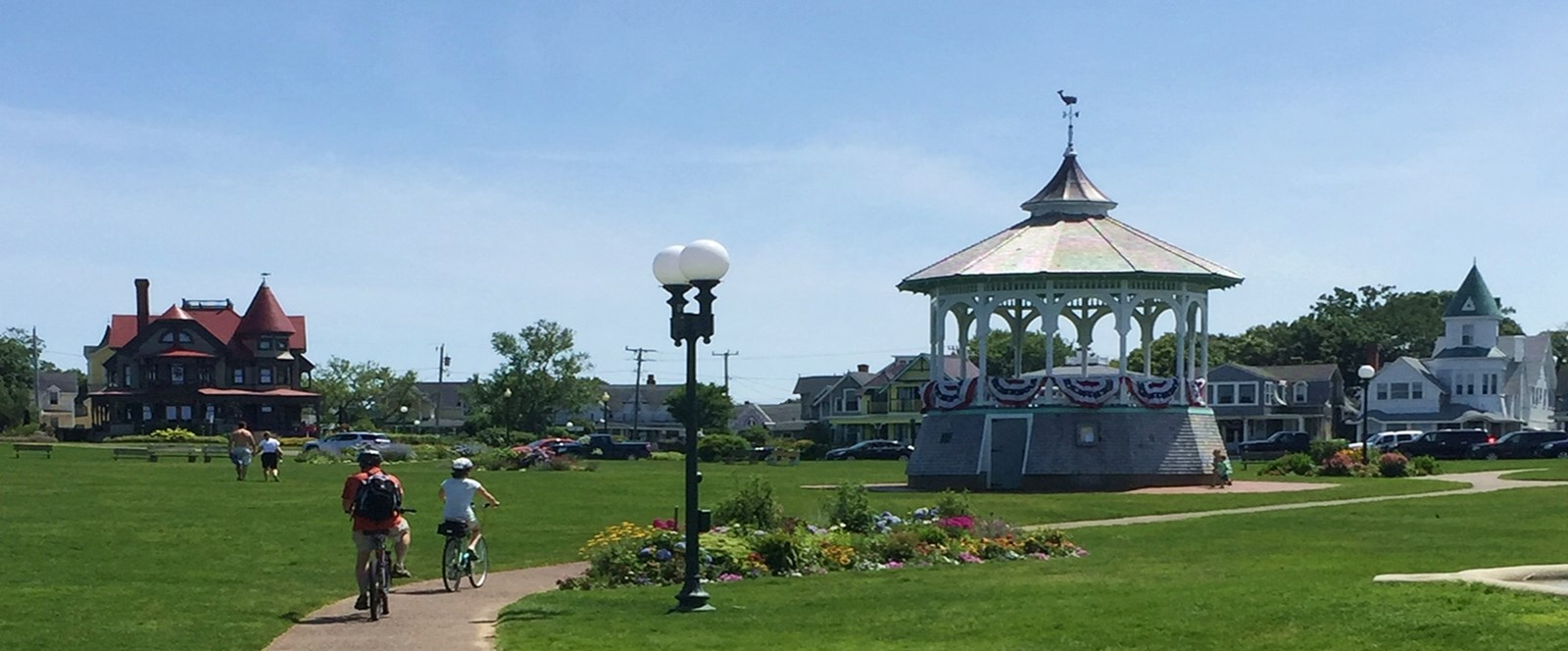 A day in Oak Bluffs: While there I photographed a studio vacation rental, ate clam chowder, relaxed at Ocean Park, and visited the Flying Horse carousel.