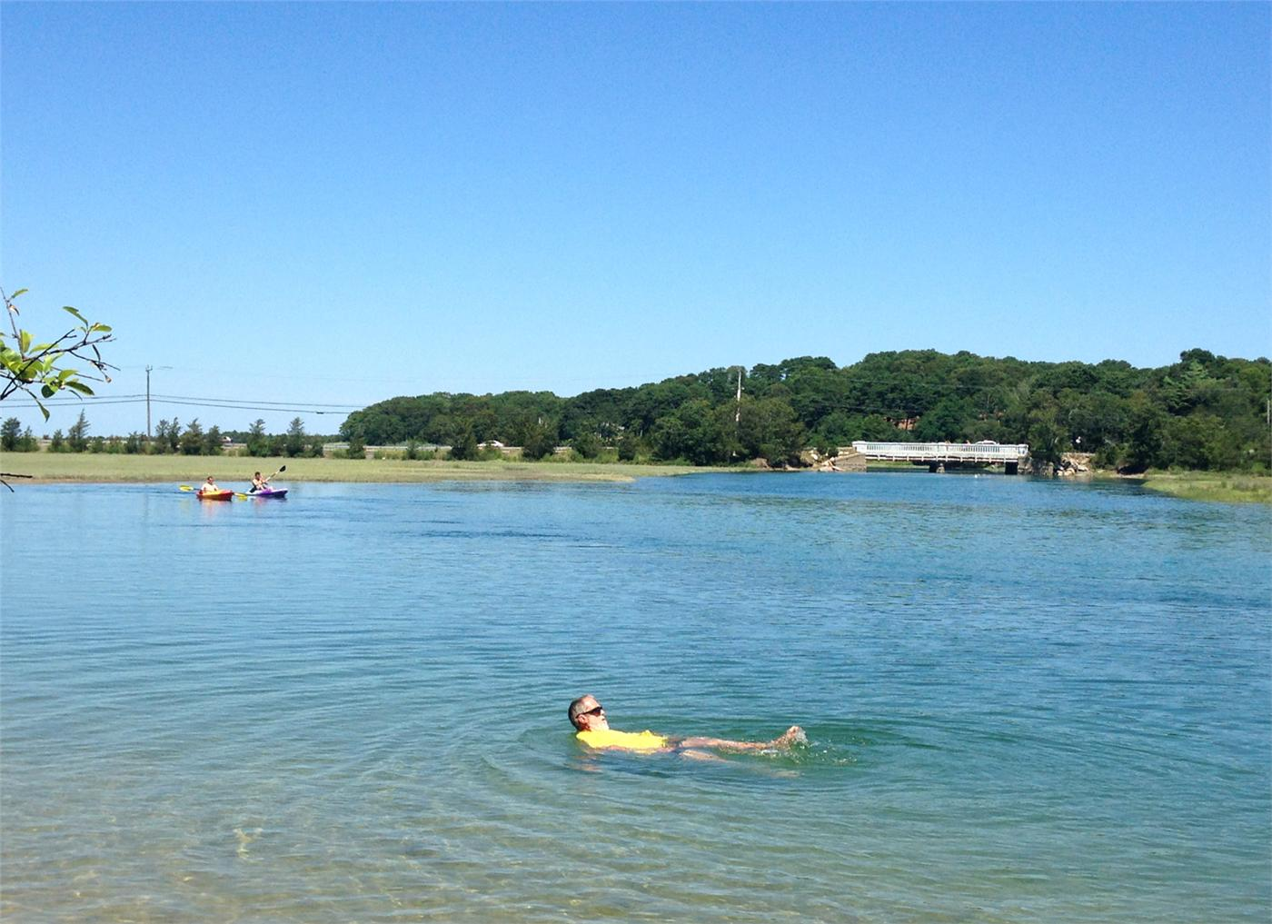 Love finding new places on the Cape. Last weekend we discovered the cool refreshing Scorton Creek. We swam and relaxed.