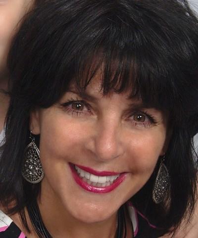 profile photo for Angela Schwartz