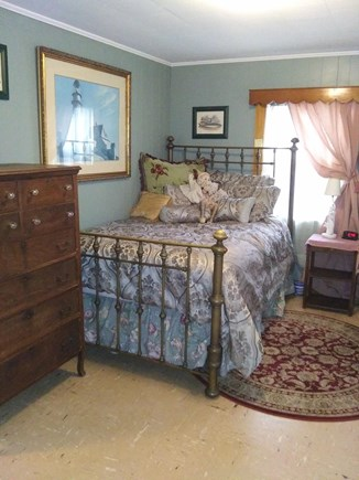 Oak Bluffs, East Chop Highlands Martha's Vineyard vacation rental - Vintage brass double bed or queen size bed (double occupancy)