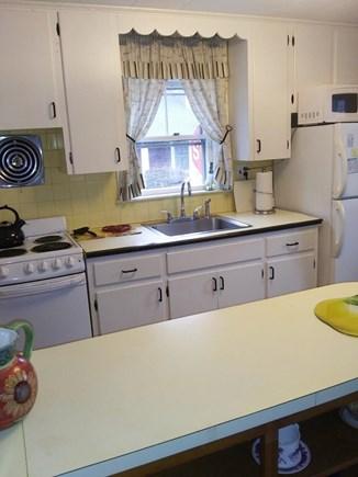 Oak Bluffs, East Chop Highlands Martha's Vineyard vacation rental - Eat in kitchen w northern exposure