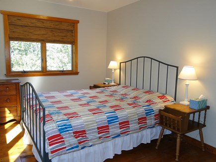 West Tisbury, Stoney Hill Lane Martha's Vineyard vacation rental - Upstairs queen bedroom with shared full bath