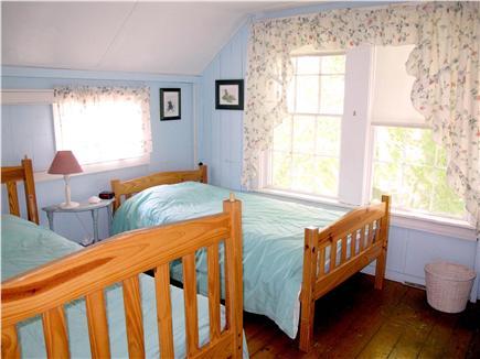Oak Bluffs Martha's Vineyard vacation rental - The Back Room (Twin Beds)