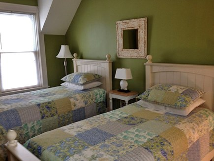 Oak Bluffs Martha's Vineyard vacation rental - Front staircase bedroom.