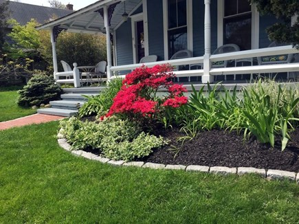 Oak Bluffs Martha's Vineyard vacation rental - Farmer's porch and front garden
