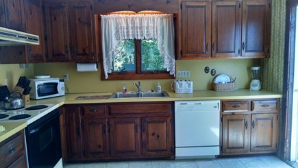 Edgartown Martha's Vineyard vacation rental - Fully stocked and spacious kitchen
