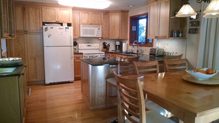 Katama - Edgartown Martha's Vineyard vacation rental - Kitchen/dining area
