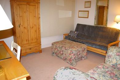 Vineyard Haven Martha's Vineyard vacation rental - First floor den with futon