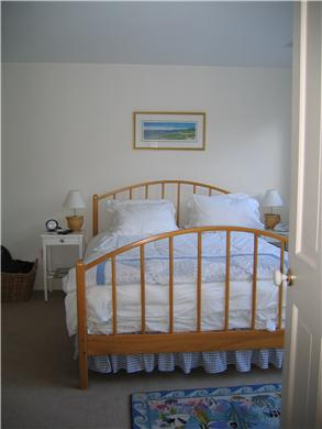 the living rooms vineyard vacation rental condo in martha s vineyard 11449