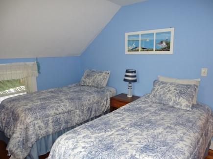 Oak Bluffs Martha's Vineyard vacation rental - Blue twin bedroom upstairs