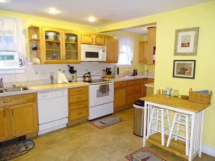 Oak Bluffs Martha's Vineyard vacation rental - Bright kitchen with all appliances