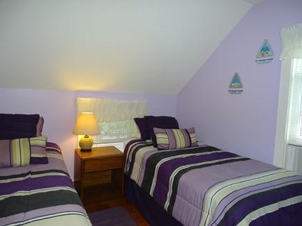 Oak Bluffs Martha's Vineyard vacation rental - Purple twin room, upstairs
