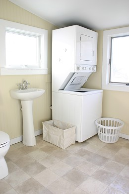 Vineyard Haven Martha's Vineyard vacation rental - Powder/Laundry Room