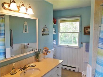 Chilmark Martha's Vineyard vacation rental - Spacious, clean full bathroom