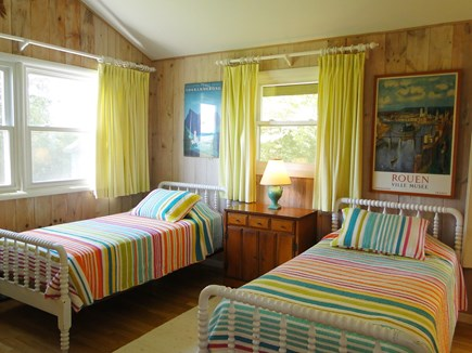 Chilmark Martha's Vineyard vacation rental - Bright twin bedroom, adjacent to bathroom