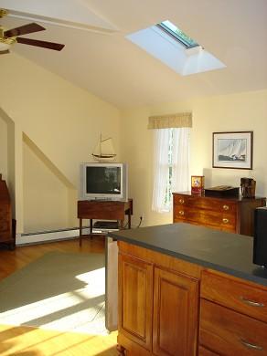 Island Grove, Edgartown Martha's Vineyard vacation rental - Studio - wetbar & TV area