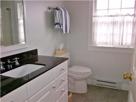 Katama - Edgartown, Edgartown Craxatucket Cove  Martha's Vineyard vacation rental - Guest bath (full)