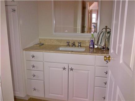 Katama - Edgartown, Edgartown Craxatucket Cove  Martha's Vineyard vacation rental - Master bath (full)
