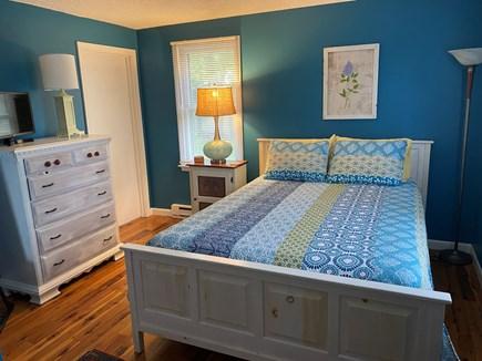 Edgartown Martha's Vineyard vacation rental - Master bedroom with en suite full bathroom