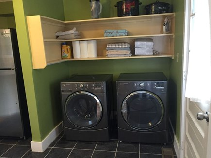 Oak Bluffs Martha's Vineyard vacation rental - High Efficiency washer/dryer