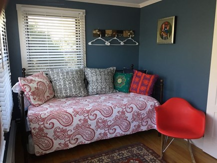 Oak Bluffs Martha's Vineyard vacation rental - Main level bedroom. daybed with trundle.