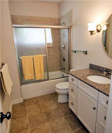 Edgartown Martha's Vineyard vacation rental - Large 2nd Full Bathroom  - 2nd Floor