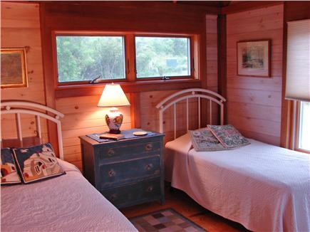 Chilmark, off South Rd. adjace Martha's Vineyard vacation rental - Comfortable twin bedroom