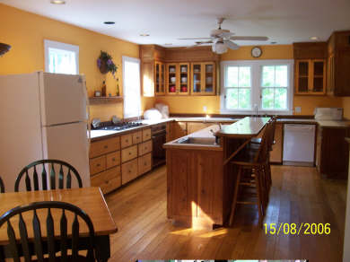 West Tisbury, Upper Makonikey Martha's Vineyard vacation rental - Kitchen with six burner gas range