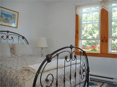Oak Bluffs Martha's Vineyard vacation rental - Well appointed bedroom