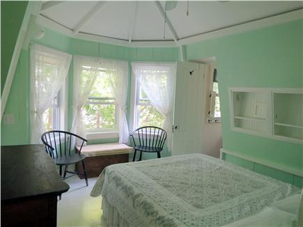 Oak Bluffs, Historic Copeland District Martha's Vineyard vacation rental - Queen Bedroom with Bay Window & Private Bath