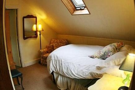 Vineyard Haven, Tisbury Martha's Vineyard vacation rental - Bedroom Main; other bedroom has two full beds. skylight