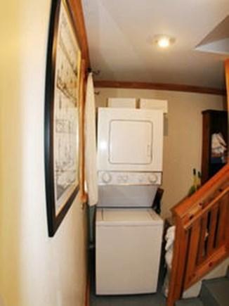 Vineyard Haven, Tisbury Martha's Vineyard vacation rental - Cottage has its own washer and dryer