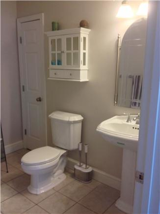 Vineyard Haven Martha's Vineyard vacation rental - Bright and clean bathroom