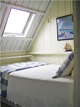 Oak Bluffs Martha's Vineyard vacation rental - Small, but comfortable middle bedroom