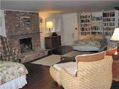 Edgartown Martha's Vineyard vacation rental - Walkout Bedroom with 2 Queen Beds