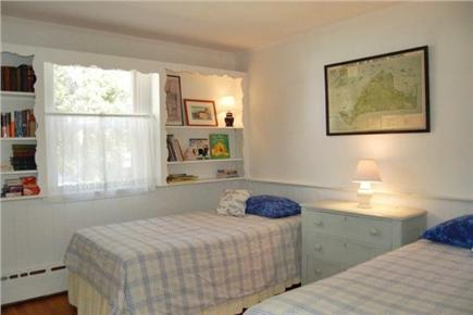 Vineyard Haven Martha's Vineyard vacation rental - Twin bedroom (two twins)
