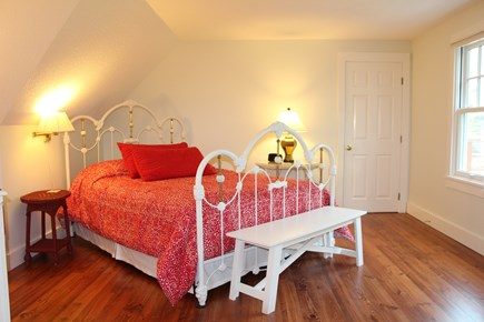 Edgartown Martha's Vineyard vacation rental - Second En Suite Queen bedroom