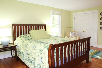 Edgartown Martha's Vineyard vacation rental - First En Suite Large Queen bedroom