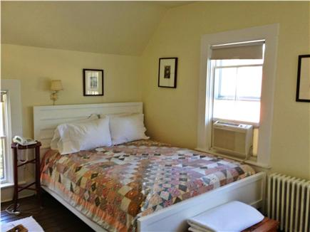 Oak Bluffs Martha's Vineyard vacation rental - Queen bedroom, second floor, air conditioned, ceiling fan