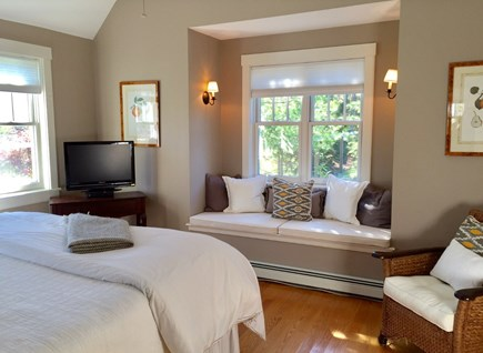 Edgartown Martha's Vineyard vacation rental - Windowseat in 1st Floor KING Master  Walk in closets TV
