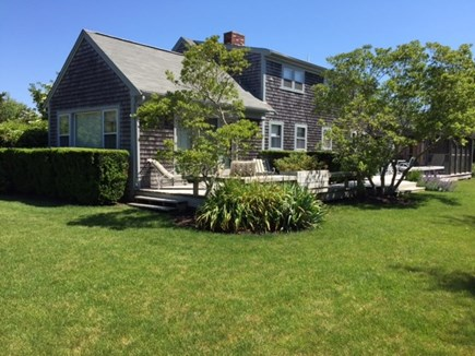 Katama - Edgartown, Edgartown,Katama    1.5 miles  Martha's Vineyard vacation rental - More of the lawn surrounding the house