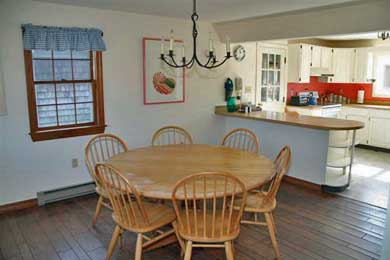 Katama - Edgartown, Edgartown,Katama    1.5 miles  Martha's Vineyard vacation rental - Dining area and kitchen