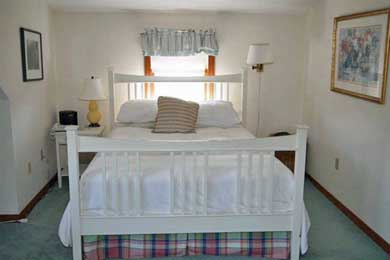 Katama - Edgartown, Edgartown,Katama    1.5 miles  Martha's Vineyard vacation rental - Bedroom with queen size bed