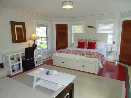 Vineyard Haven Martha's Vineyard vacation rental - Upstairs king bedroom