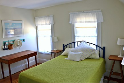 Oak Bluffs Martha's Vineyard vacation rental - Queen bedroom, adjacent to bathroom