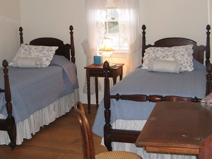 Edgartown Martha's Vineyard vacation rental - Main House Twin Bedroom