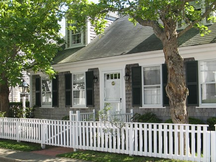 Edgartown Martha's Vineyard vacation rental - Charming antique home in the heart of Edgartown Village