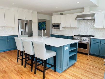 Edgartown Martha's Vineyard vacation rental - Nosh and prepare meals on our large island, with sink.